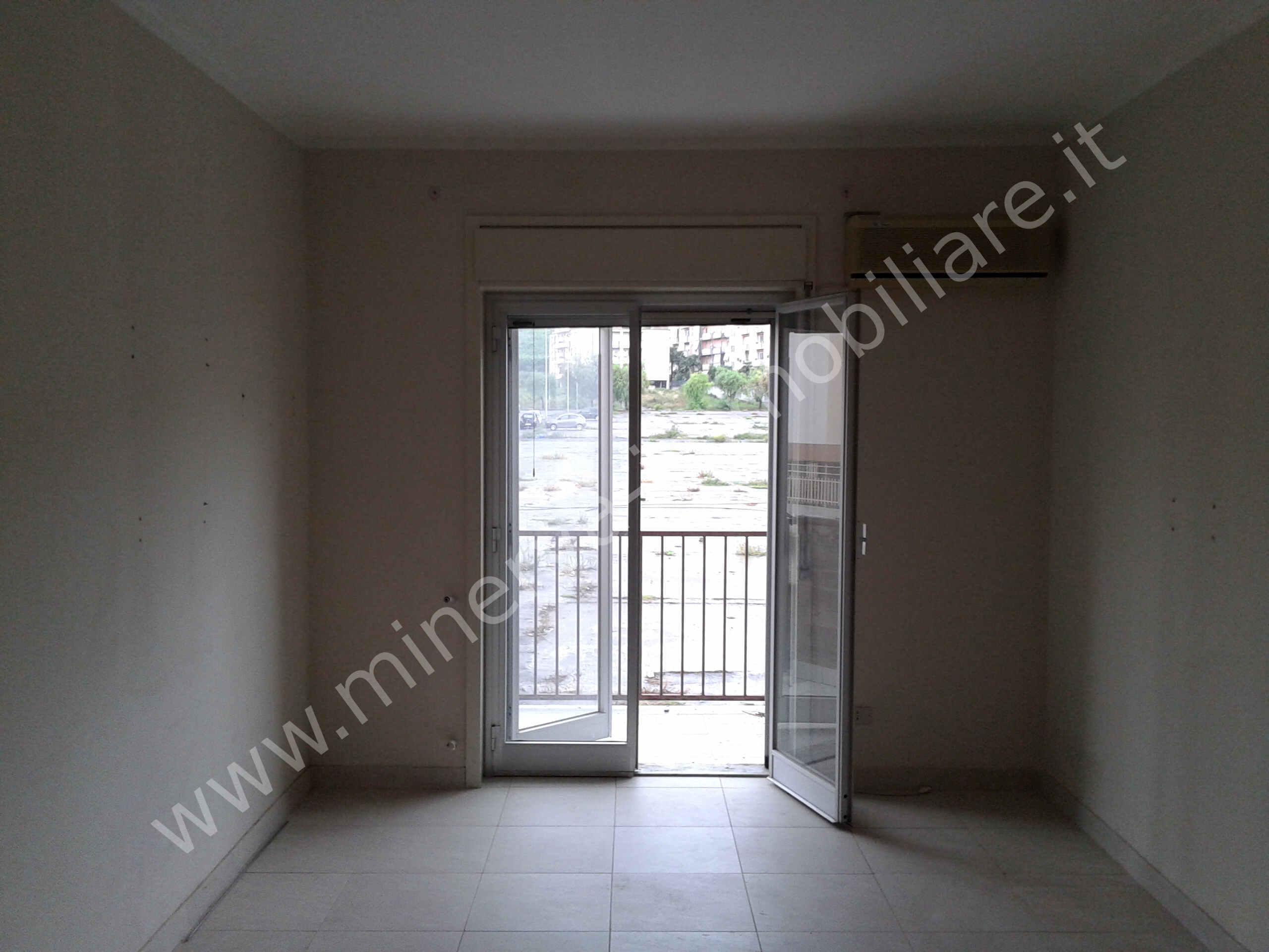 Appartamento quattro vani affitto Lentini