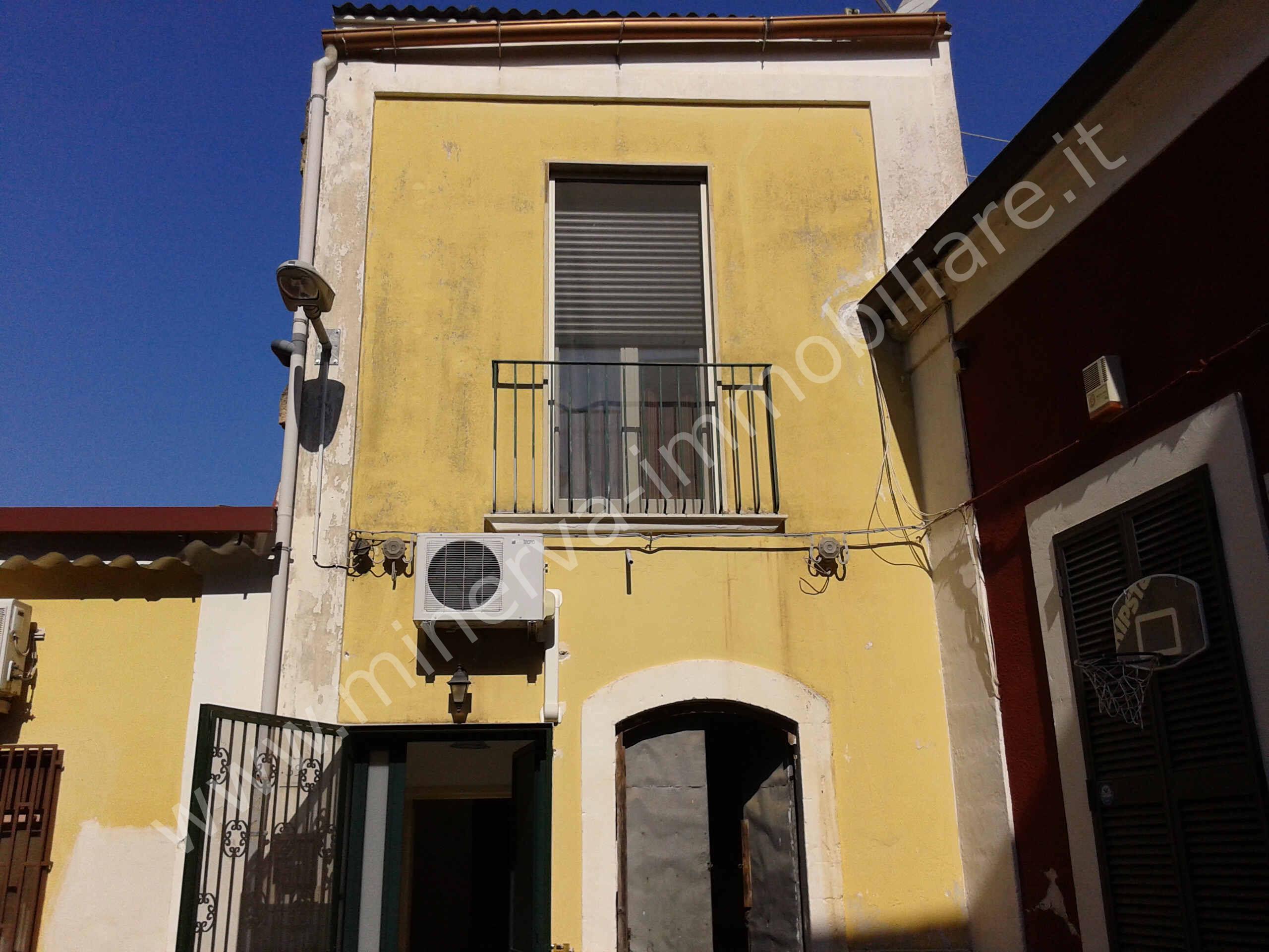 Due case indipendenti in centro storico, Lentini