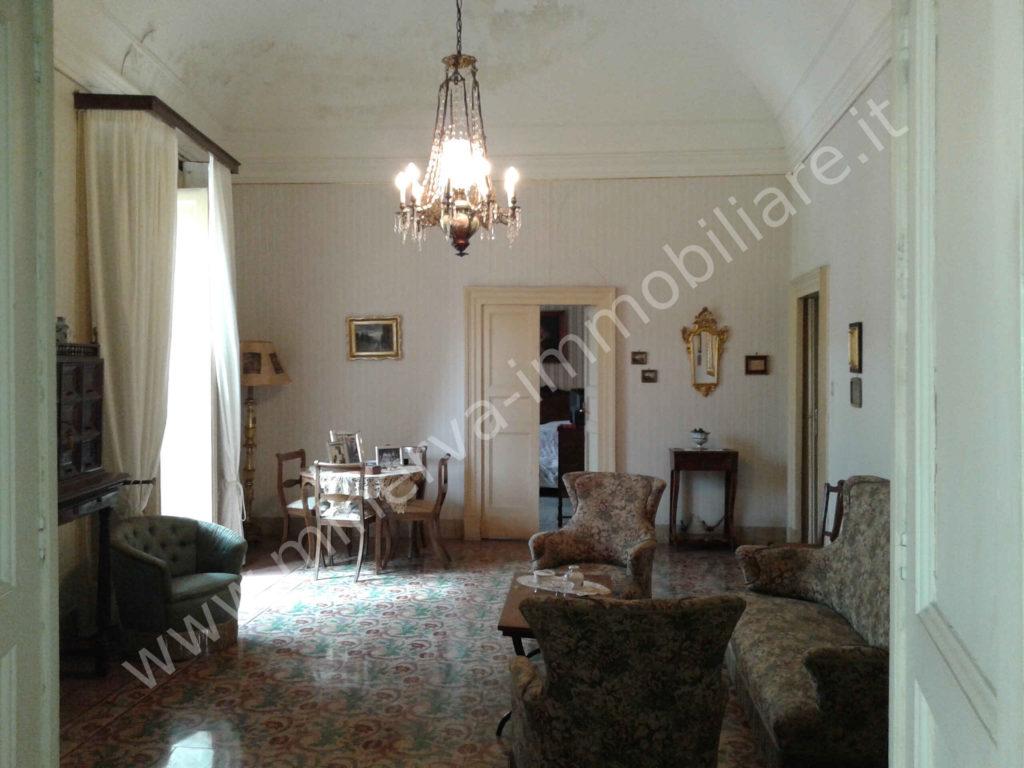Palazzo d'epoca Lentini