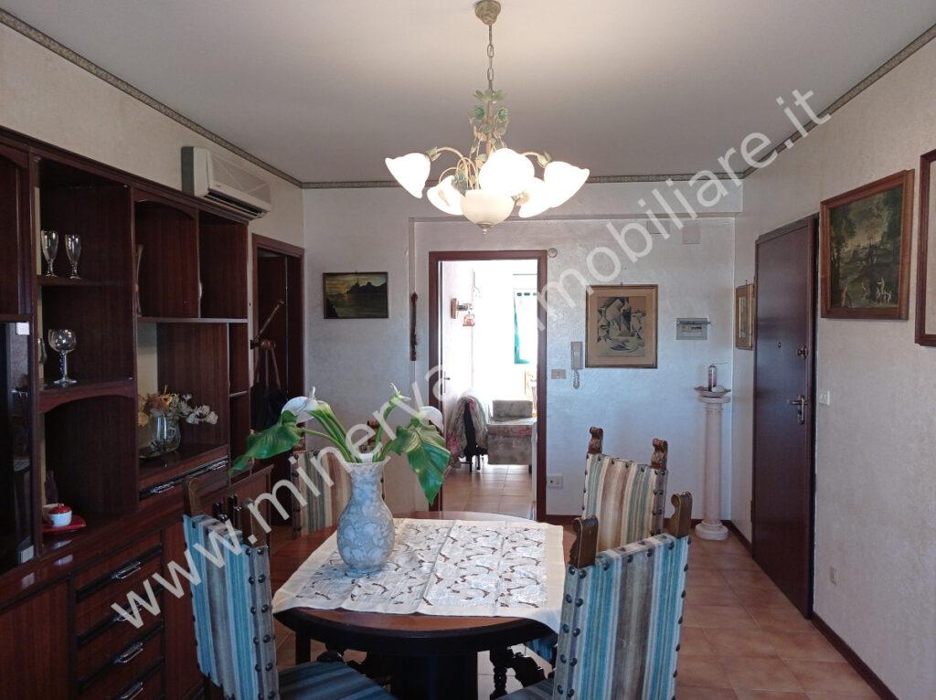 Vendita appartamento quattro vani Lentini